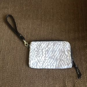 Thirty-one wristlet- excellent used condition!